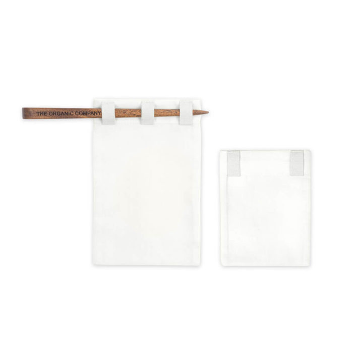 Reusable tea bags to replace single-use tea bags, made in organic unbleached cotton for a cleaner cup of tea. Small size for a single cup of tea, medium size for a tea pot, or a boxed gift set with both, including a bamboo stick to hold the bag in place while brewing. Seen here is the small and medium tea bags, with the bamboo stick. When you've finished your tea, empty, wash (or rinse) and re-use again and again. Size: Small – 8 x 10 cm Medium – 9 x 14 cm Designed by The Organic Company in Denmark, made from 100% GOTS certified organic cotton. The entire product is plastic free.