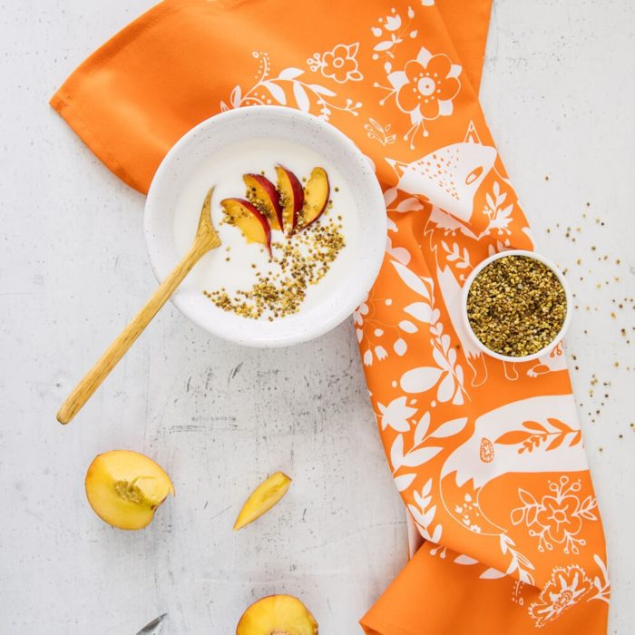 Animal print tea towel - Fox is a cute and fun cotton tea towel. Choose from several bright colours (here in tangerine). Inspired by 60s and 70s Scandinavian design folklore. 70 x 50cm