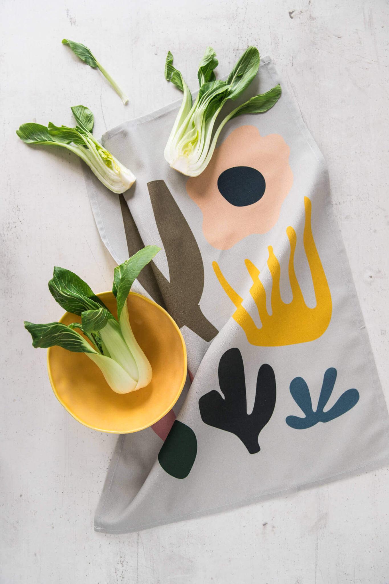 Leaf Tea Towel Abstract Scandi Nature Design Chalk Moss