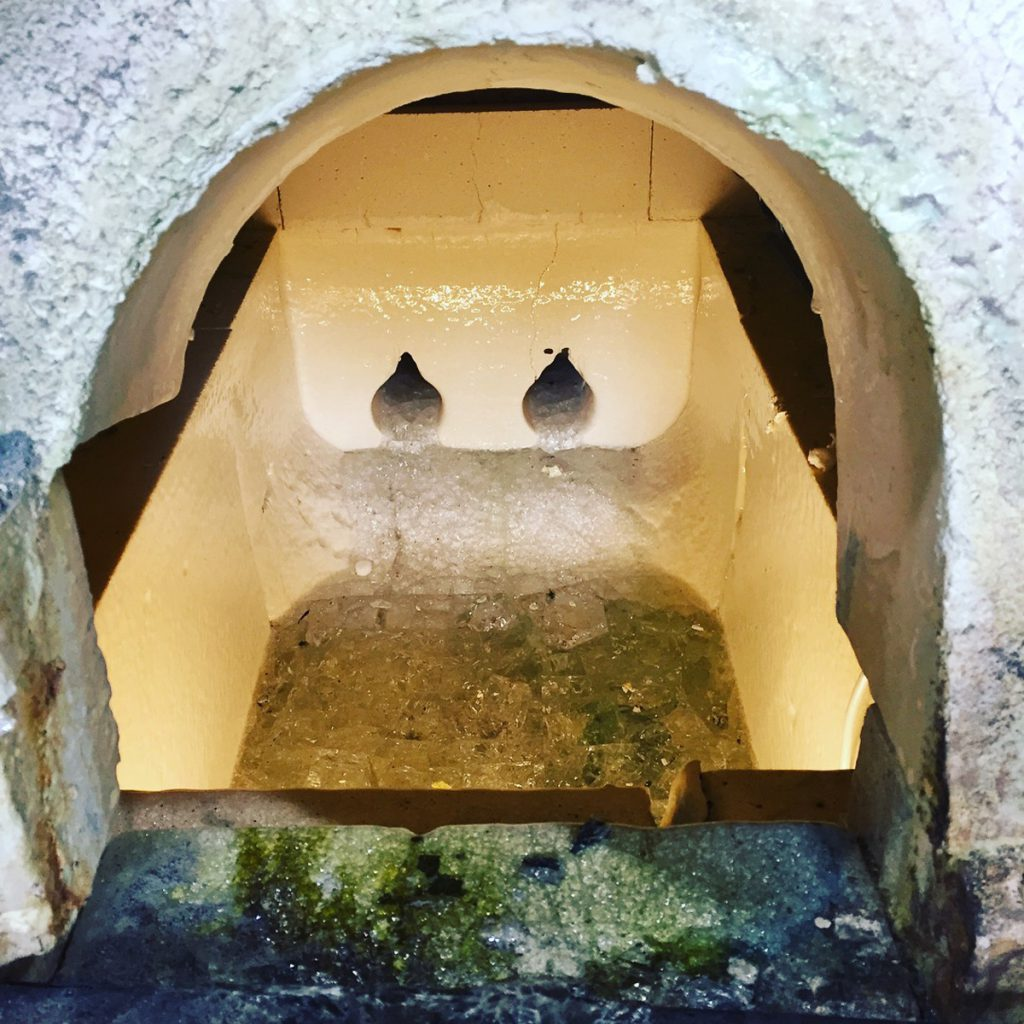 The furnace still contains glass from the old glass production at Boda.