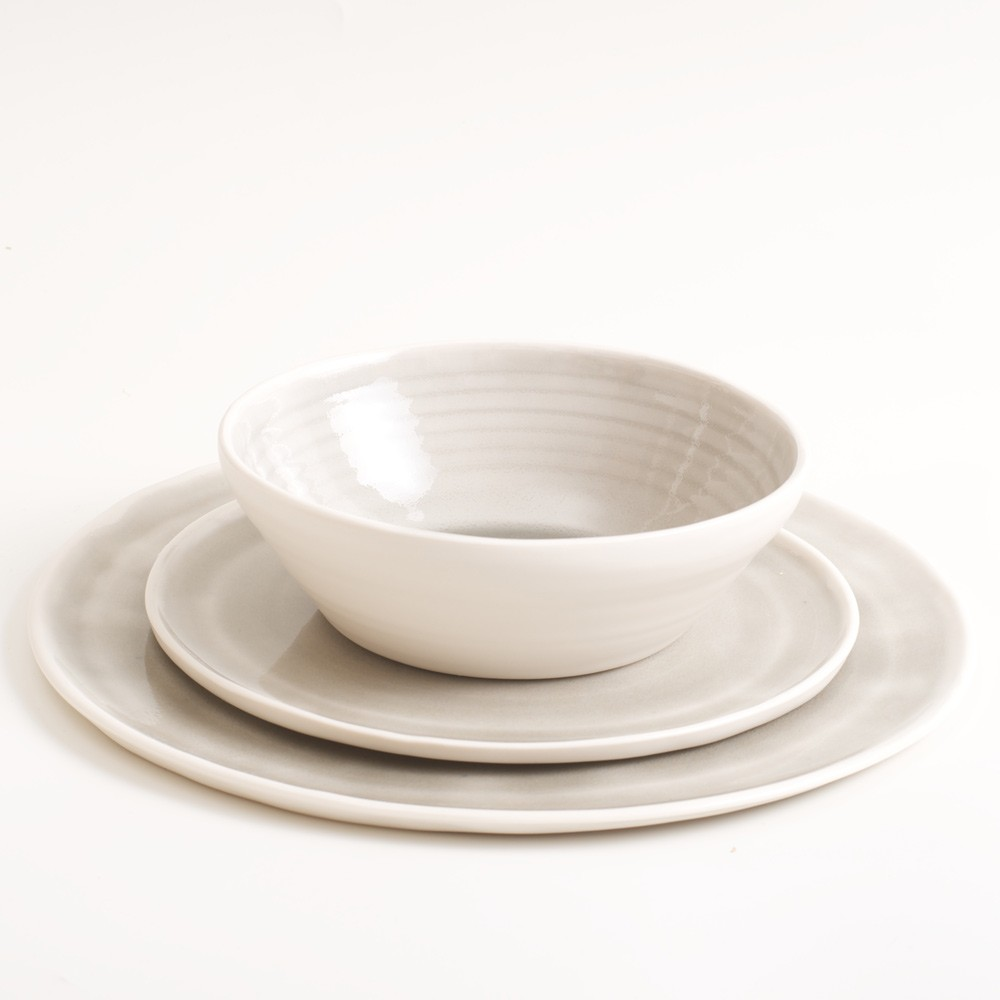 Dinner set bowl plates grey Linda Bloomfield. Ideal for cereal at breakfast, soup at lunchtime, and pasta at dinner. Mix and match pink, pale blue, turquoise and grey. Hand thrown in London. Dishwasher safe.