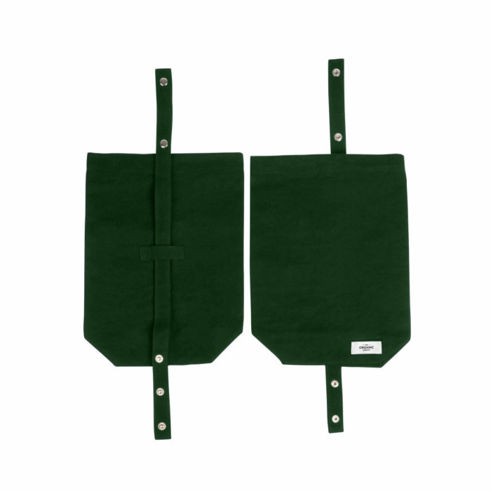 Eco lunch bag in heavy canvas, made by The Organic Company from 100% GOTS certified organic cotton. A reusable, ethical, washable and breathable alternative to plastic. Several earthy colours to choose from. Seen here in dark green. 30 x 39 x 12cm