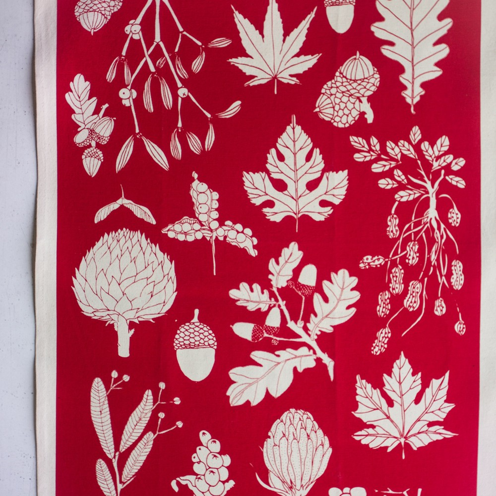 Winter tea towel on chalkandmoss.com. Poppy red, other colours available.