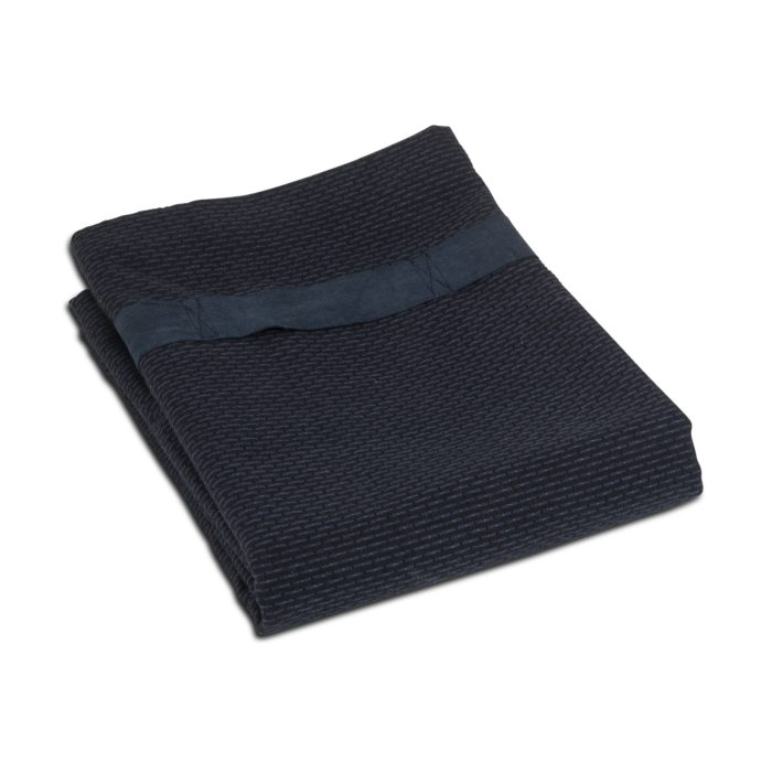 Extra large bath sheet for the gym, yoga studio, spa, on the beach, or at home after a soak. Compact and fast drying, with a strap to keep it in place and for hanging. Seen here in dark grey, other colours available. 165 x 110 cm