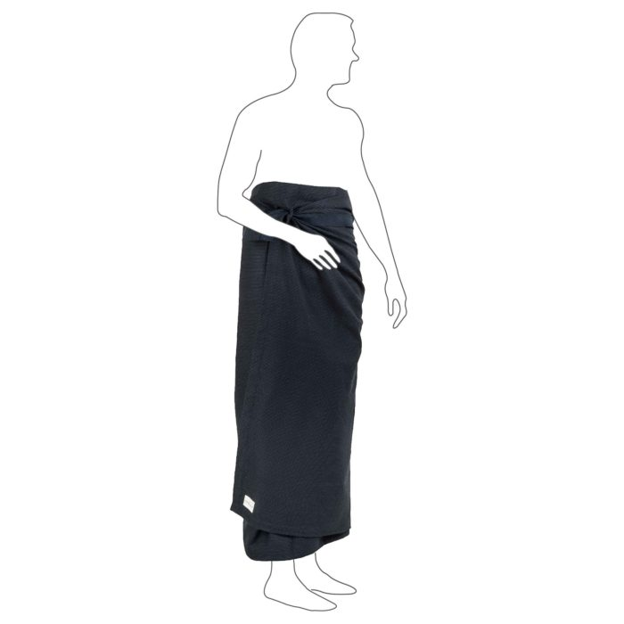 Extra large bath sheet. Compact and fast drying, with a practical strap. Seen here in dark blue, other colours available. 165 x 110 cm
