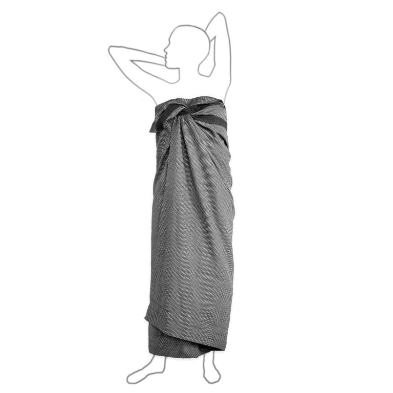 Extra large bath sheet for home, the gym, yoga or the beach. Compact and fast drying. Seen here in dark grey. 165 x 110 cm