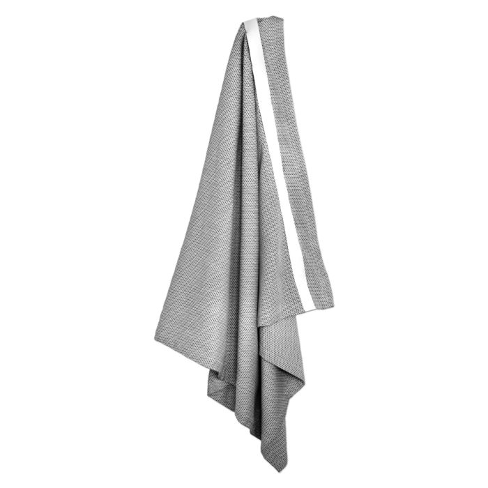 Extra large bath sheet. Compact and fast drying, with this practical strap to keep it snug and for hanging. Seen here in light grey, more options available. 165 x 110 cm
