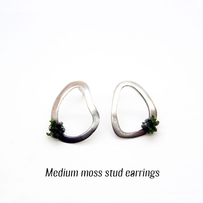 Unusual silver earrings featuring preserved moss, to remind us of the organic nature of materials. Made from 925 silver, with a gradient (half) oxidised finish. See full description for sizes (this is medium). A perfect gift for the outdoor enthusiast! 3 sizes available (15-28mm long). Also available as drop earring style (both on chalkandmoss.com).
