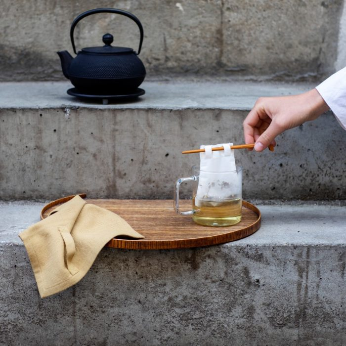 Reusable tea bags to replace single-use tea bags, made in organic unbleached cotton for a cleaner cup of tea. Small size for a single cup of tea, medium size for a tea pot, or a boxed gift set with both, including a bamboo stick to hold the bag in place while brewing. Empty, wash (or rinse) and re-use again and again.