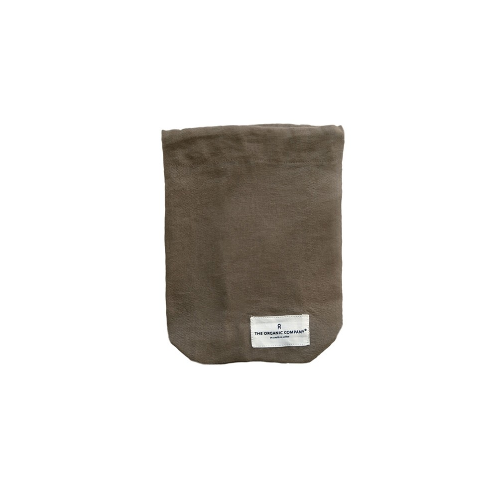 All purpose cotton drawstring bag in clay, size small. Sustainably made by Denmark's The Organic Company, your gateway to zero waste living on chalkandmoss.com!
