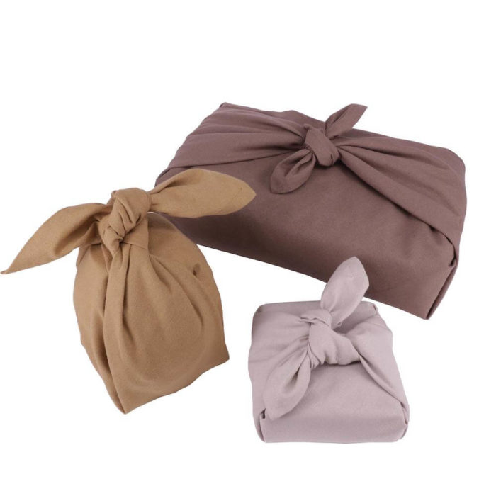 This set of 3 fabric gift wraps, or furoshiki wrap, is Scandinavia's take on the wonderful Japanese furoshiki wrap for plastic free gift wrapping. This is the Earth colour set.