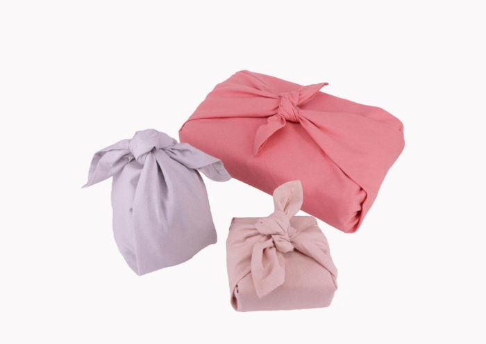 This set of 3 fabric gift wraps, or furoshiki wrap, is Scandinavia's take on the wonderful Japanese furoshiki wrap for plastic free gift wrapping. This is the Floral colour set.