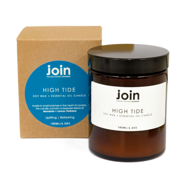This refreshing blend of mandarin and lemon verbena will uplift and soothe your soul like a blustery day. High Tide is a clean fragrance and packs a citrus zest punch when it's most needed. If you're looking for gift ideas or Christmas presents, this refreshing scent is sure to please. This is the largest of three sizes, with 180ml and a 45+ hour burn time. Each Join luxury candle is 100% natural, vegan, cruelty free and scented with essential oils. Handcrafted in London in small batches and gift wrapped in a lovely recycled box.