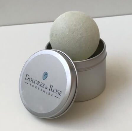 Neat little soap tin for your Dolores & Rose haircare products. Ideal for travel and storage at home. Made from aluminium so won't rust. 6.5 x 5cm Shampoo and conditioner bars not included.
